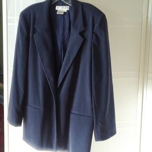 Saks Fifth Avenue navy blazer L